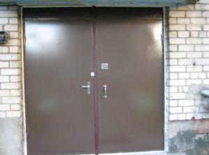 Порошковая покраска подъездной двери