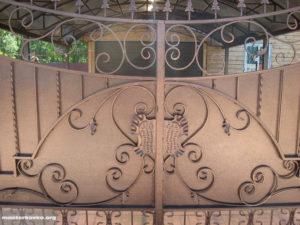 Порошковая покраска кованных ворот